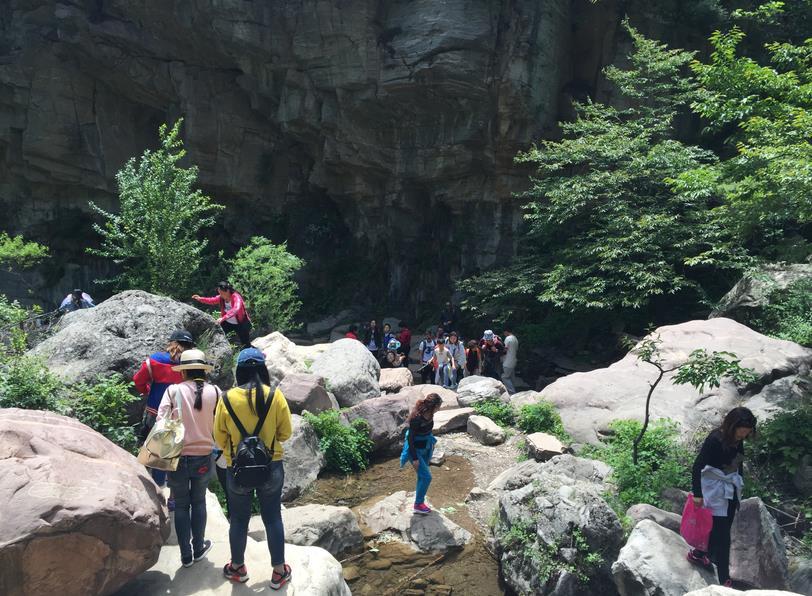 洪谷山风景区位于红旗渠的故乡------河南省林州市, 景区位于