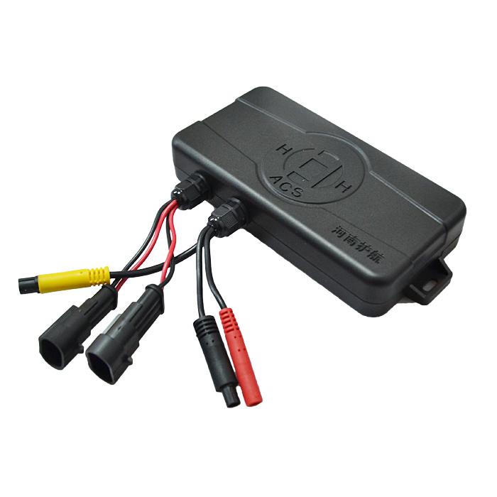 车速传感器的车速脉冲信号和刹车灯,转向灯信号,根据建立的数学模型计