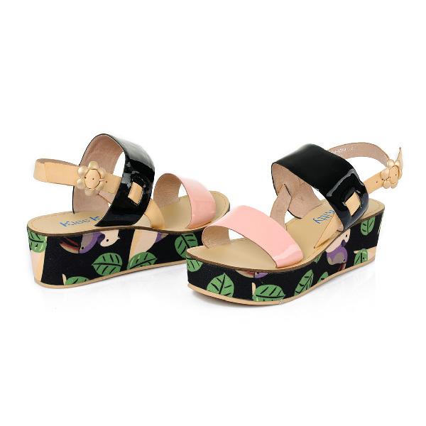夏季新款休闲复古平底漆皮凉鞋