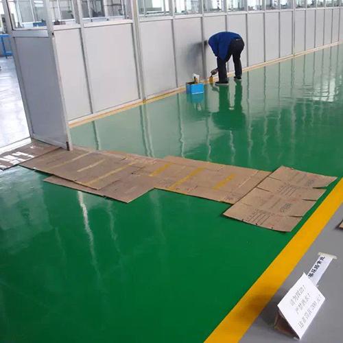 铺设: 导电铜箔采用井型铺设,有效排除累积之静电,并做接地处理;⑥防