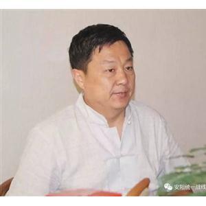 副会长秦宪法助力贫困学子圆梦高校