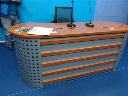 演播室播音桌