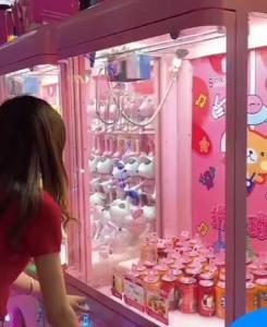 网红娃娃机
