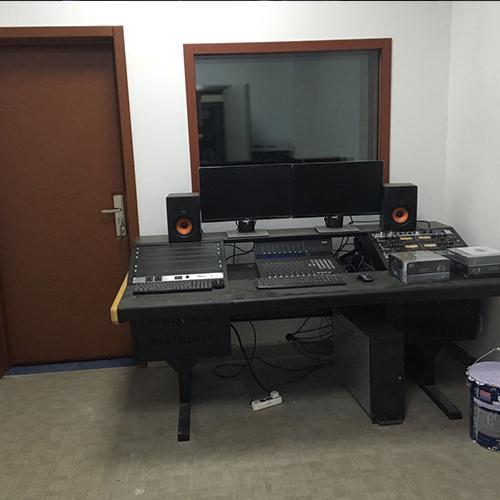 录音设备和操作台