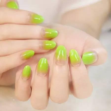 如何挑选适合自己的指甲形状?