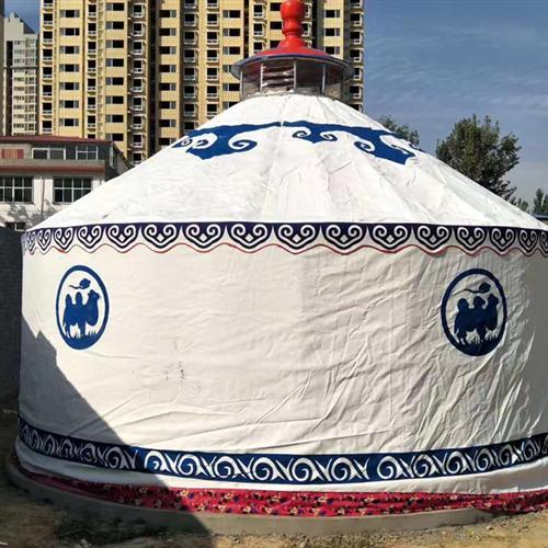 白色住宿蒙古包