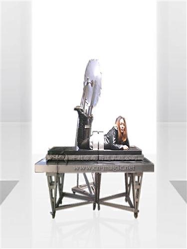 电锯锯活人 大型道具