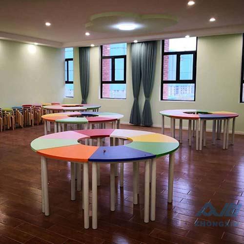 团体活动桌